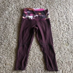 Lululemon Wunder Under Hi Rise Crop in Burgundy 6